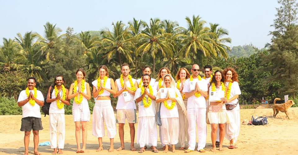 shree hari yoga, 200 hour teacher training course, group photo