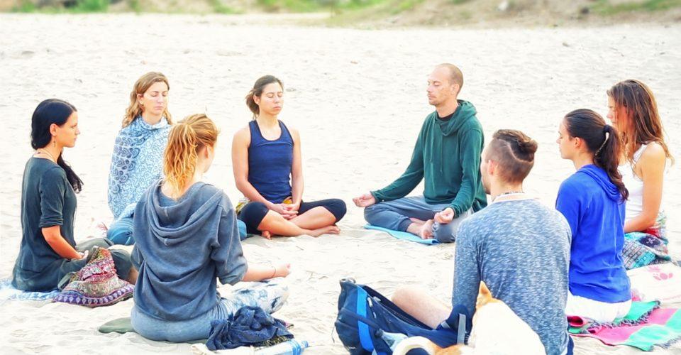 yoga at the beach, beach meditation, shree hari yoga, 200 hour teacher training course