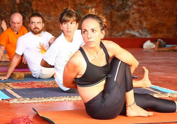 Students practising yoga at 100 hour teacher training at shree hari yoga school