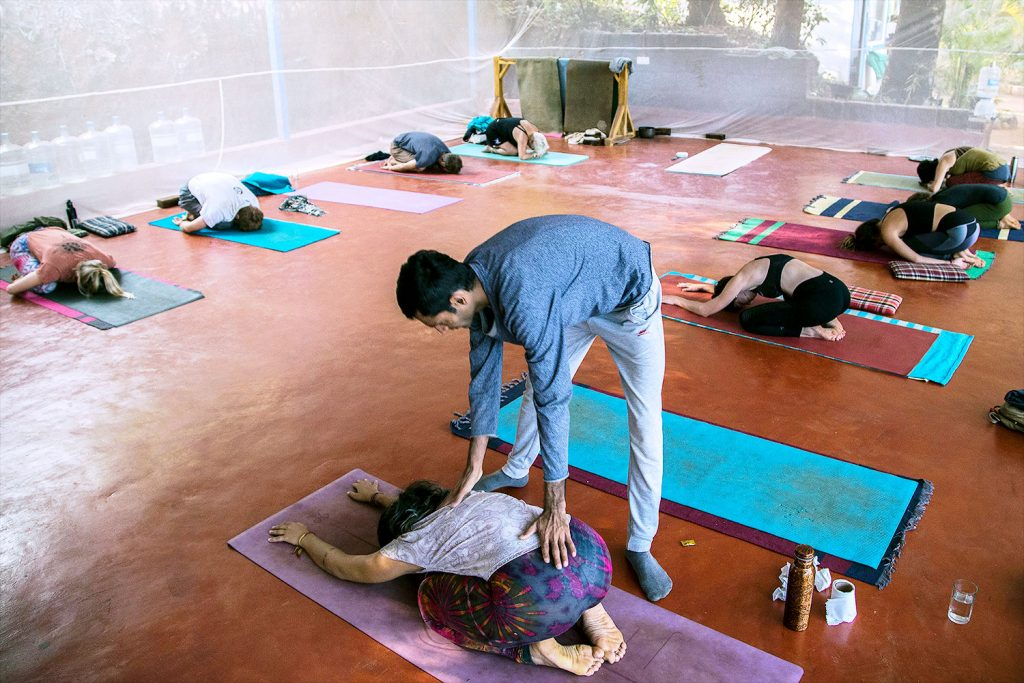 balasana, childpose to rela at shree hari yoga school