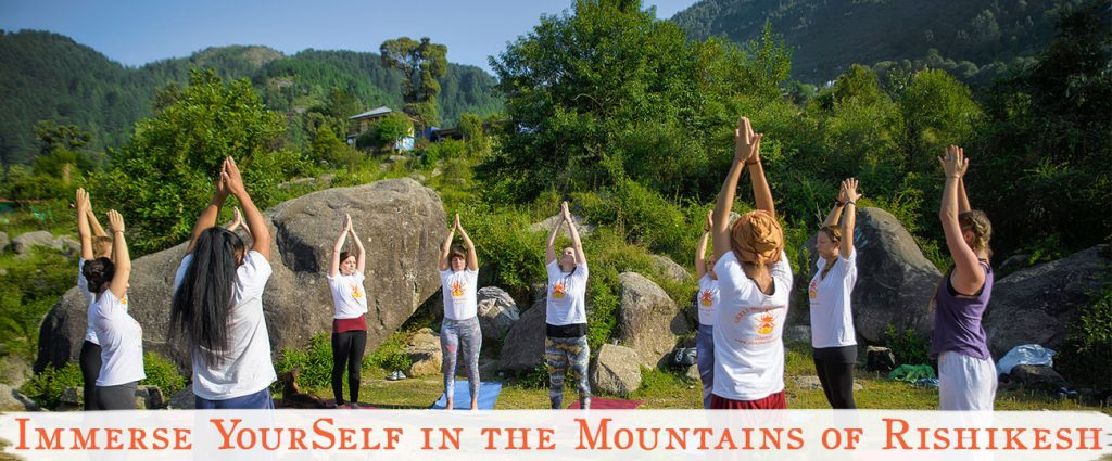 yoga yttc, rishikesh, shree hari yoga in the himalaya mountains in india